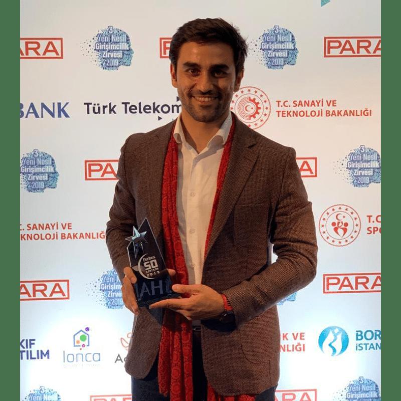 Umutcan Duman 2019'un en iyi 50 Girişim şirket ödülü