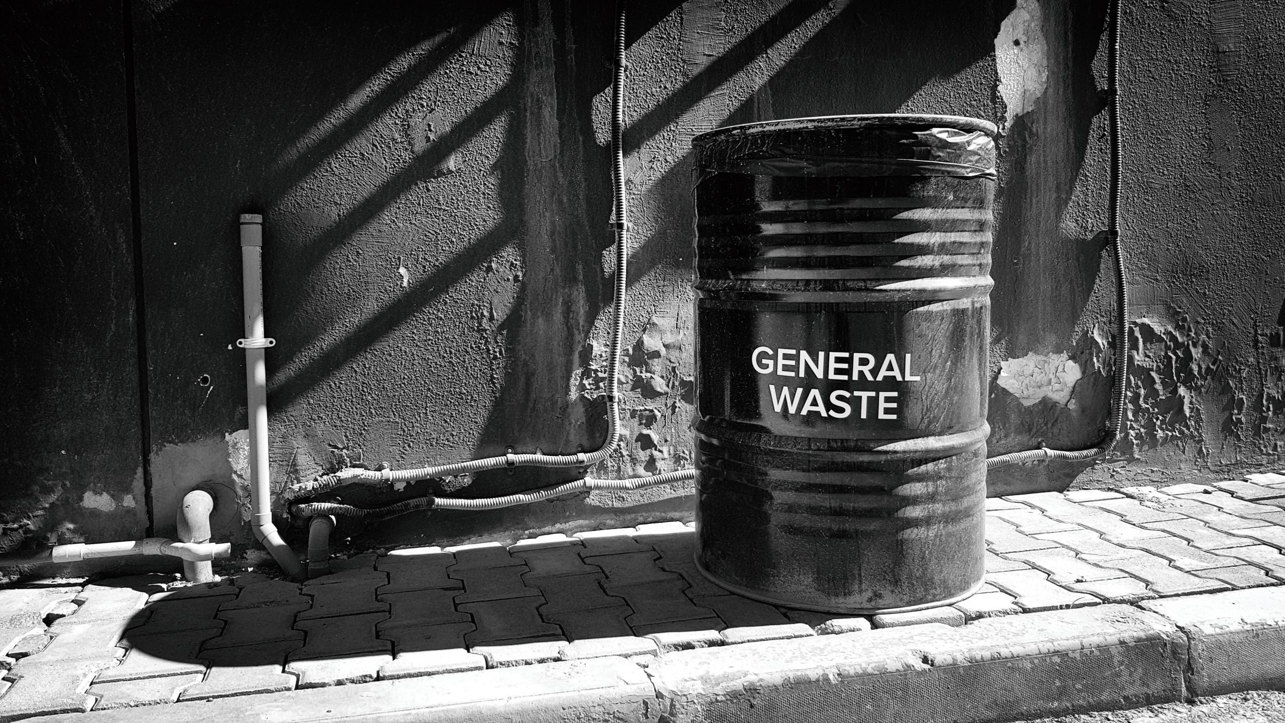 general-waste-management-GY4ASGV-2
